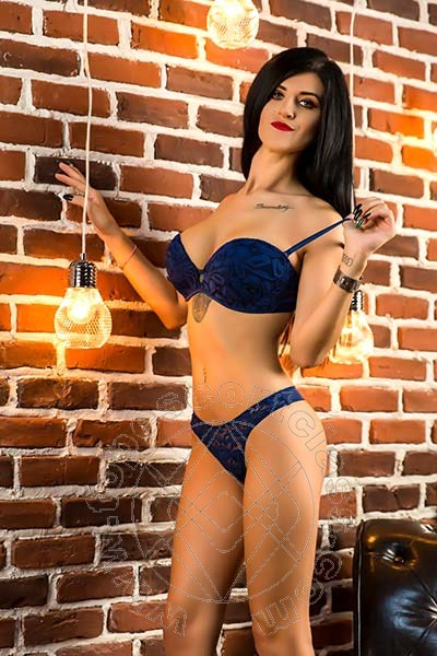 Lorena La Bella  ALBENGA 329 5424120