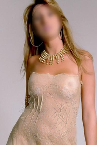 Sandrine  CREMONA 380 4605600