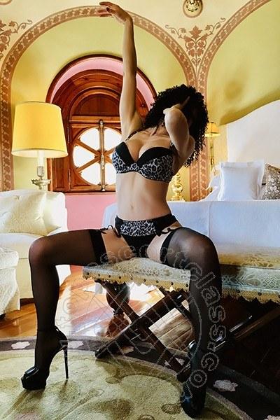 Angelica Faliero Italiana  NEW YORK 392 8076020