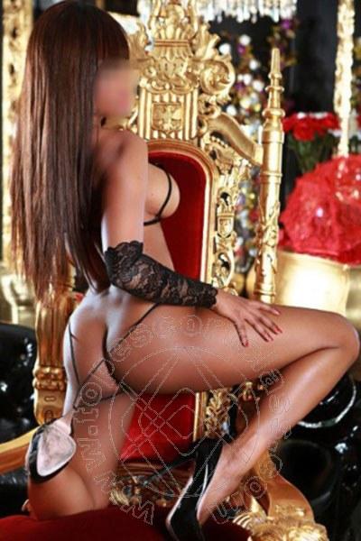 Brenda Lips  ROMA 348 5676752