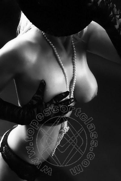 Lady Larissa  KITZINGEN 0049 16092918663